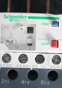 LRD Schneider thermal relay