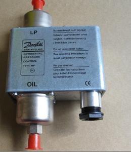 MP55 oil pressure gauge