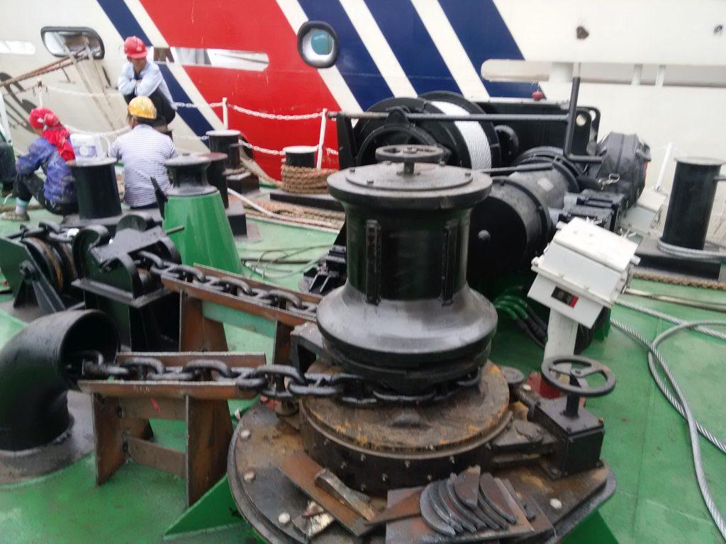 marine-electric-capstan-winch